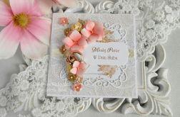Ślubna kartka w pudełku z okienkiem 33
