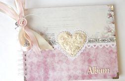 Album ślubny z sercem 20x25 cm różowy