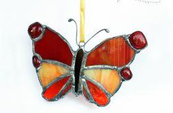 Motyl w czerwieniach