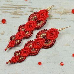 Eleganckie, czerwone kolczyki z koralików