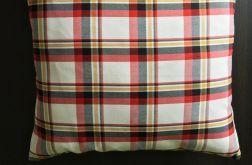 Stylowa poduszka w szkocką kratę