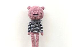 Różowy miś żeglarz - maskotka szydełkowa