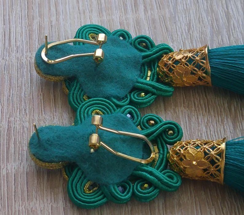 Kolczyki sutasz w kolorze Fuksji z Chwostem