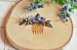 Kwiatowy grzebyk do włosów z z borówkami