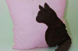 Poduszka z kotem ogon 3D brązowy kot i róż