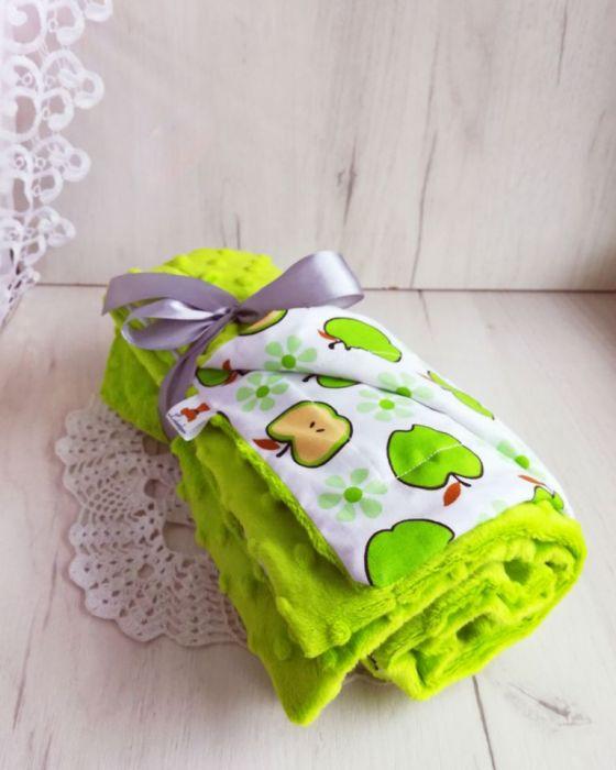 Kocyk minky + bawełna - zielone jabłuszka
