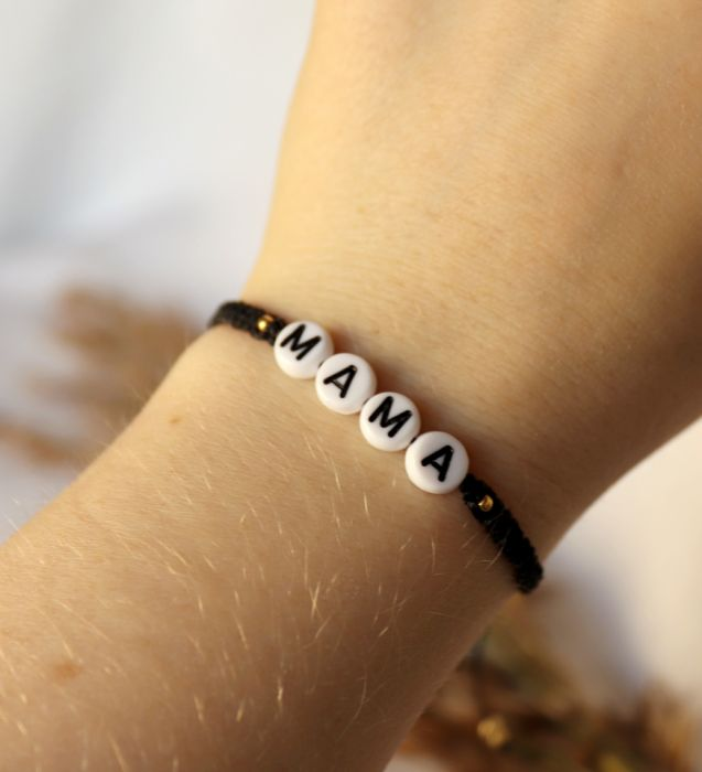 Czarna, pleciona bransoletka z napisem mama - Splot makramowy bransoletka z napisem