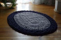 Owalny dywanik