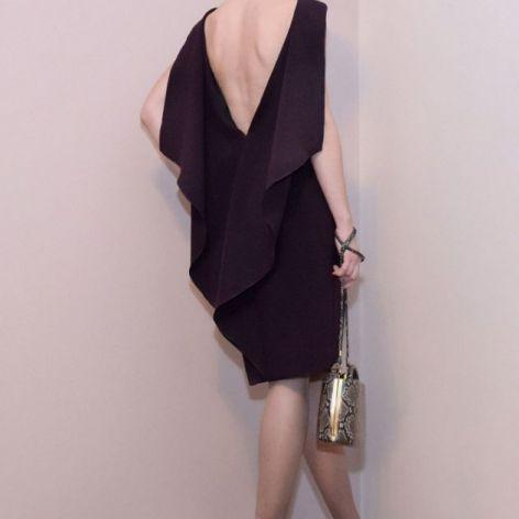 Koktajlowa sukienka / fioletowa – SCARLETT