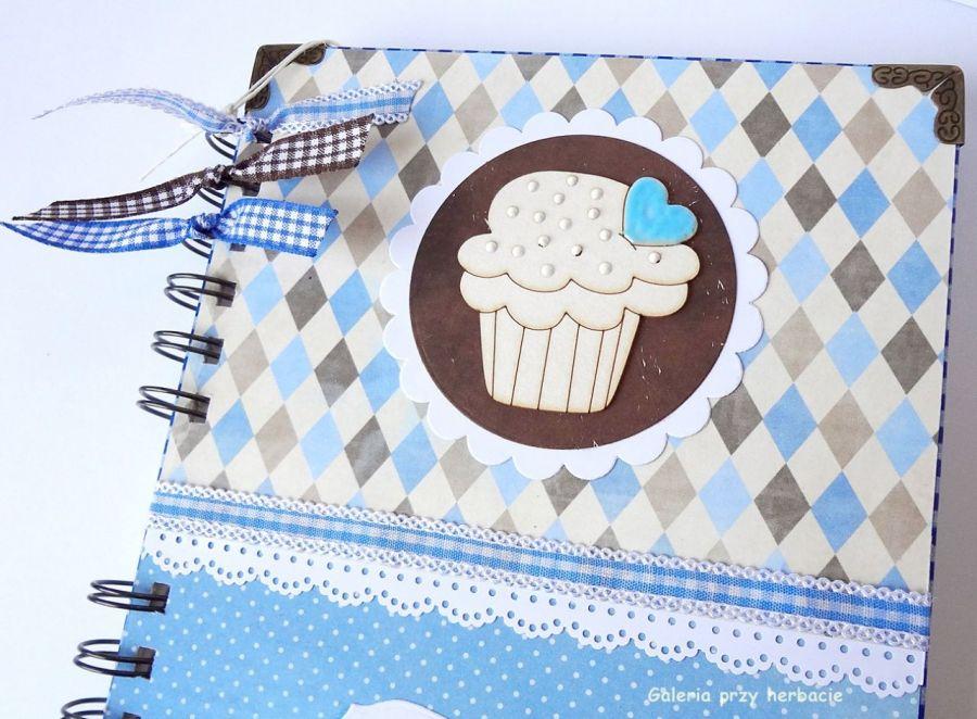 Przepiśnik niebiesko - brązowy z muffinką