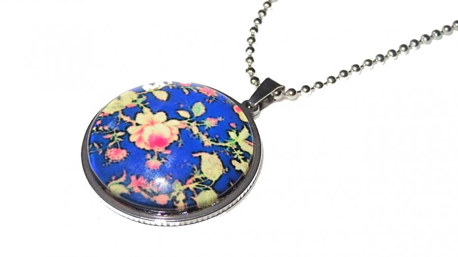 Medalion Blue Rosa – pomysł na prezent Boho