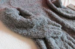 Sweater gray buckle.