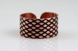 Miedziany pierścionek - rybia łuska