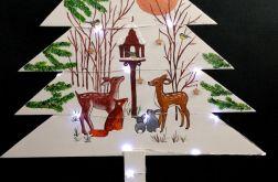 Drewniana choinka ze zwierzętami w lesie LED