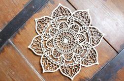 Drewniana mandala - kwiat