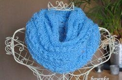 Jesienne otulenie w kolorze błękitu