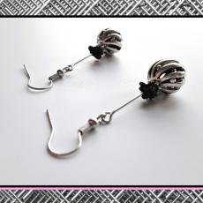 Kolczyki z serii StaLove - kula z różą
