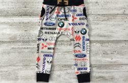 Spodnie baggy rozmiar 104