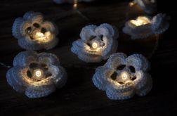Girlanda świetlna- szydełkowe kwiatki 10szt