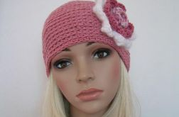 Pudrowy róż - czapka