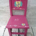 różowe krzesełko z oparciem sowa - drewniane krzesełko do pokoju dziecka