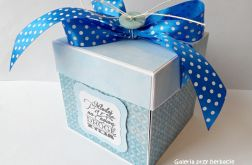 Pudełko, kartka ślubna niebieska