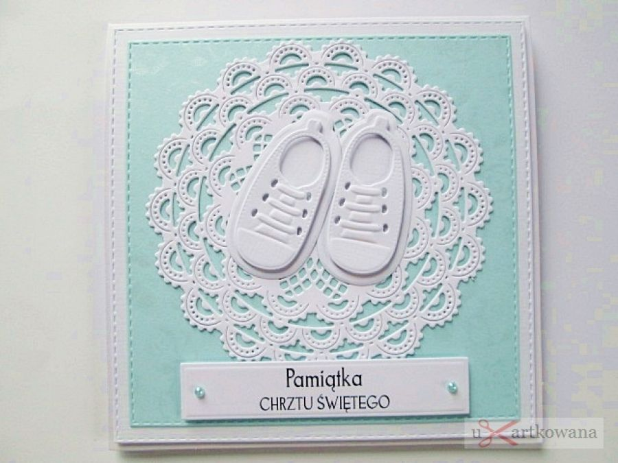 Kartka PAMIĄTKA CHRZTU biało-niebieska #1/Z - Biało-niebieska kartka na Chrzest z bucikami