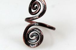 Zawijasy - miedziany pierścionek 2109-05