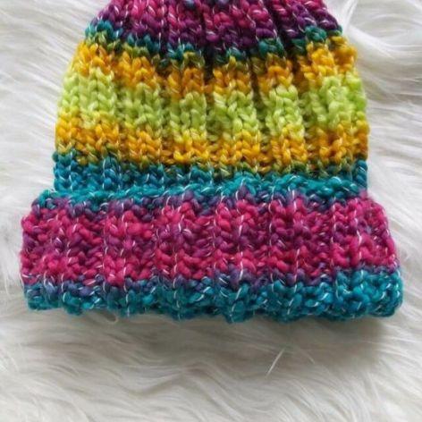 czapka neonówka