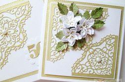 Kartka ROCZNICA ŚLUBU z białymi kwiatami