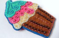FUN filcowa broszka 001 cupcake