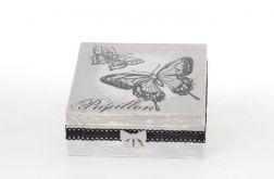 Pudełko szkatułka z motylem