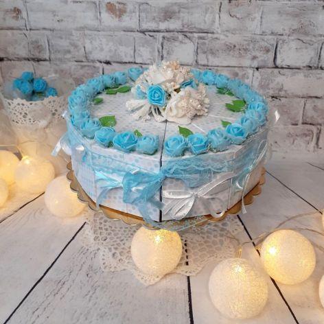 Tort papierowy niebieski