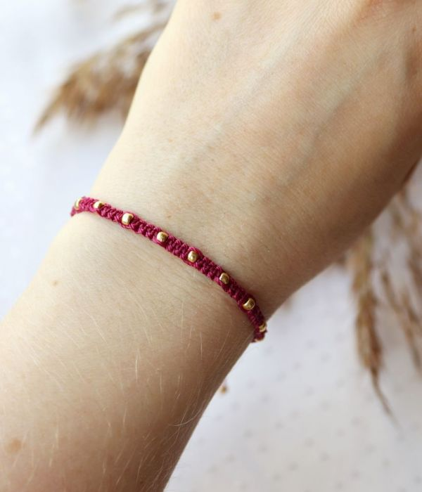 Różowa wyplatana bransoletka ze sznureczka - Bransoletka na nadgarstek