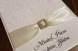 Kartka ślubna z tłoczonym wzorem 2