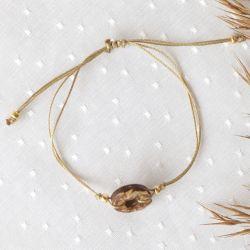 Bransoletka z drewnem kokosowym na sznureczku