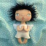 ANIOŁEK lalka - dekoracja tekstylna, OOAK/23 - mam plisowaną sukienkę