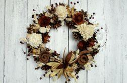 Wianek z lilią i baranem