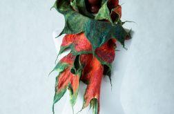 Szal wełniany, szal z filcu.. Czerwone liście