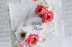 Bukiet kwiatów młodej parze
