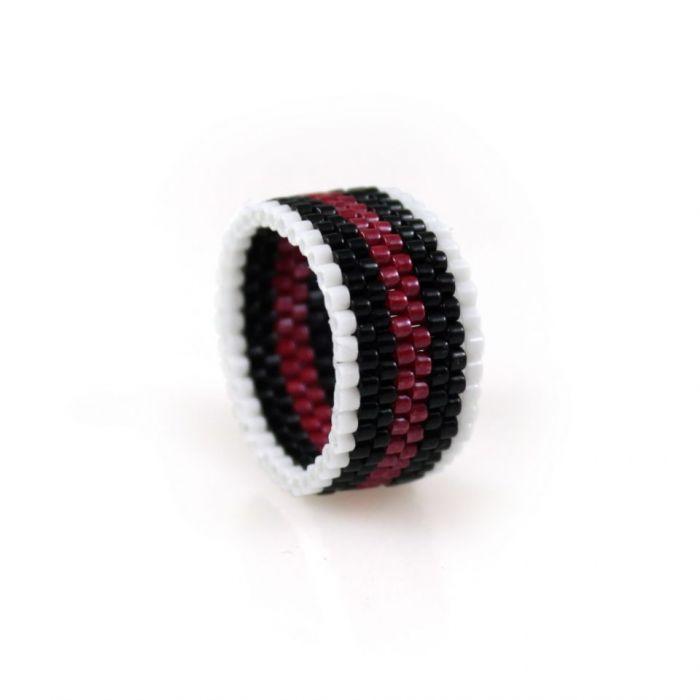 pierścionek różnokolorowy - pionowo