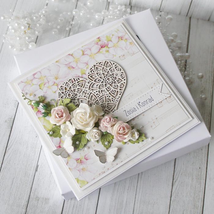 Romantyczna kartka ślubna z motywem nut v.3