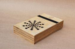 Uniwersalny drewniany stojak na telefon