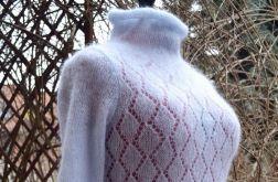 Sweterek w kolorze nieba REZERWACJA