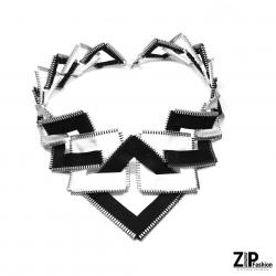 Designerska czarno-biała kolia