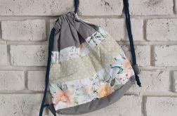Plecak w kwiaty dla dziewczynki