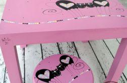 mebelki do pokoju dziecięcego różowe