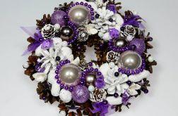 Mały wianek świąteczny biało-liliowy