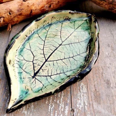 Ceramiczny liść, talerzyk (c34)