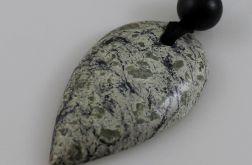 Kamień na szczęście - popielaty grot